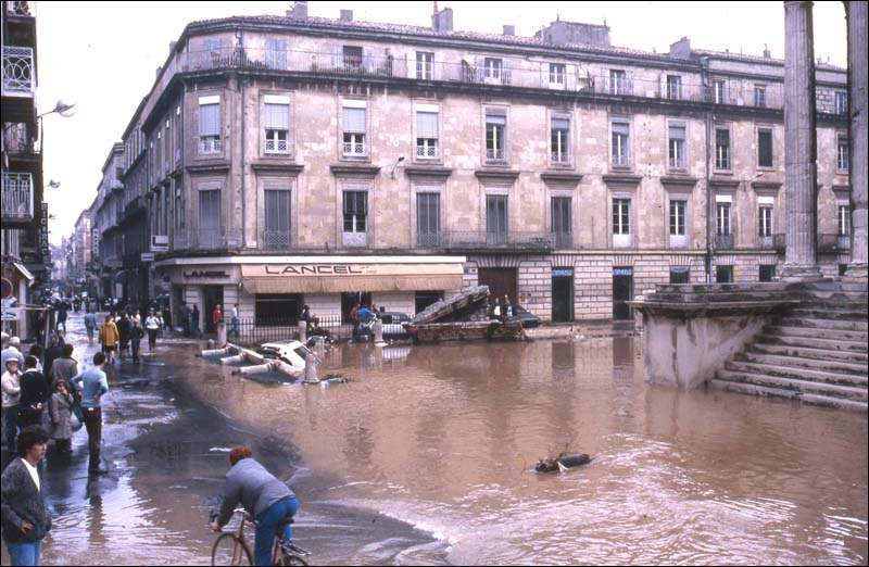Inondation a nimes du lundi 3 octobre 1988 - Boutique orange nimes ...